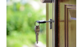 Buyer's Agent vs. Listing Agent