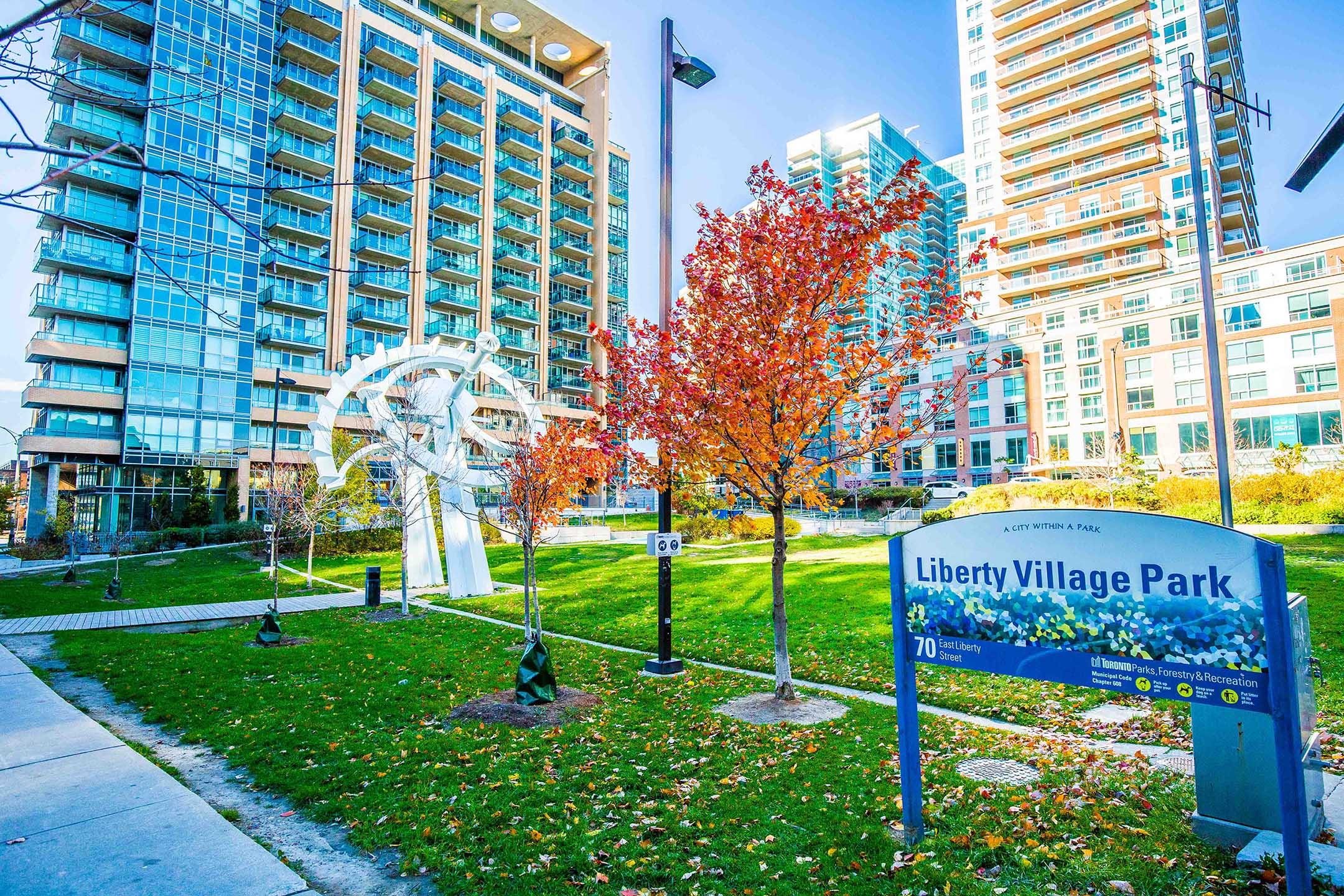 Best Toronto Neighbourhoods For Young Professionals